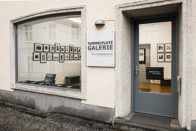 2021-400px-web--herbertkoeppel-photographs-and-workshops-tummelplatzgalerie-pressefoto-3.jpg